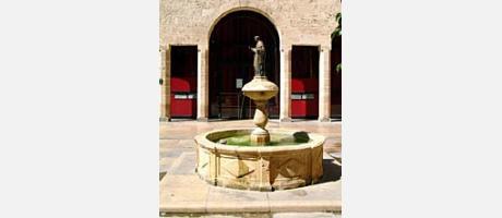 Img 1: Edificio del antiguo Almudín