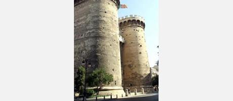 545_es_imagen2-torres-quart.jpg
