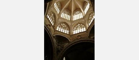 581_es_imagen2-catedral-sta-maria3.jpg