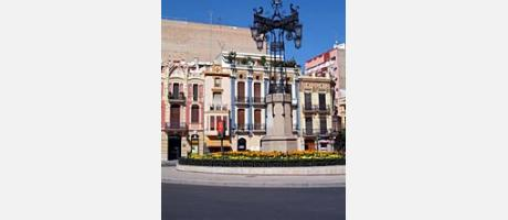 Img 1: THE RIBALTA PARK, THE INDEPENDENCIA SQUARE AND THE TETUÁN SQUARE