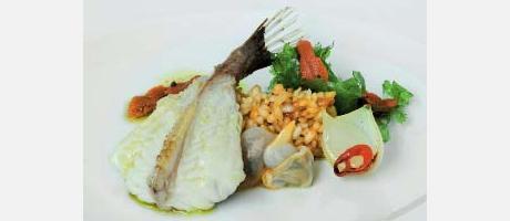 Img 1: Monkfish rice with seaweed and sea urchins