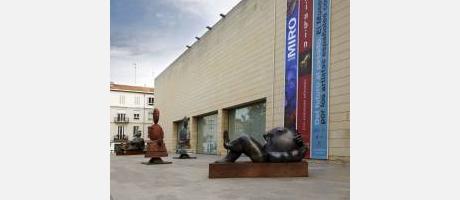imagen de la fachada del IVAM