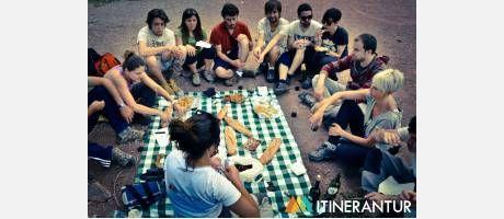 Senderismo - Una ruta entre piedras y quesos