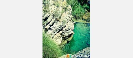 Cirat y el Río Mijares: sus espectaculares baños y cascadas con Itinerantur