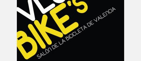 Letras VLC Bikes sobre fondo negro