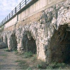 L'Aqueduc Els Arcs
