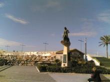 Img 1: Monumento al Hombre del Mar