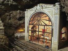 Img 1: Santuario de la Cueva Santa