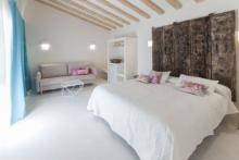 Elegance and simplicity in Boho Suites, Dénia