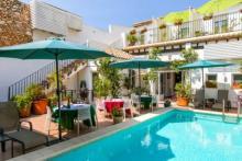 Casa Sibarita, un bed & breakfast amb encant a Rafelguaraf