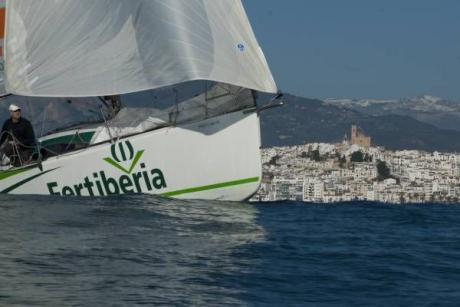 Altea, excitement on the waves in the 200 millas a dos (miles for two)