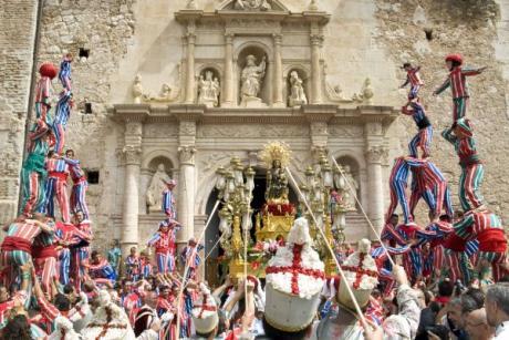 Algemesí regresa al medievo para celebrar sus fiestas