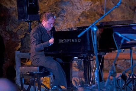 "Música: Abdón Alcaraz ""Agrupa Vicenta"""