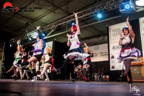 Alicante and Japan join together at the Manga Convention