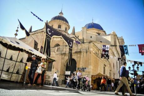 Elche goes back to the past during the Medieval Festival