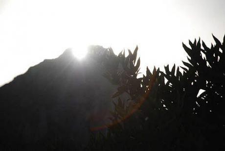 Alineación solar en La Foradà de la Vall de Gallinera