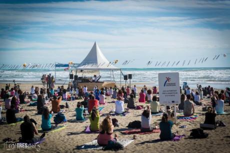 Das 6. Sommerfest auf den Yoga-Stränden in Castellón steht vor der Tür