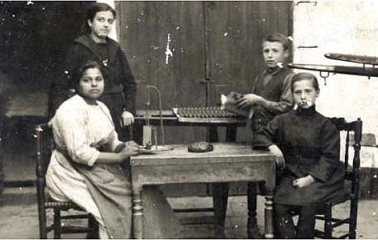 Año 1930: industria chocolatera en Torrent
