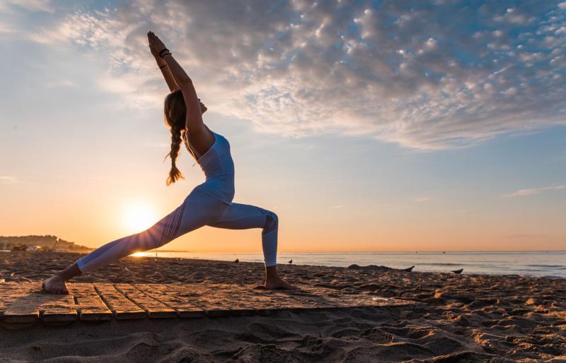 Las mejores playas para practicar yoga en la Comunitat Valenciana