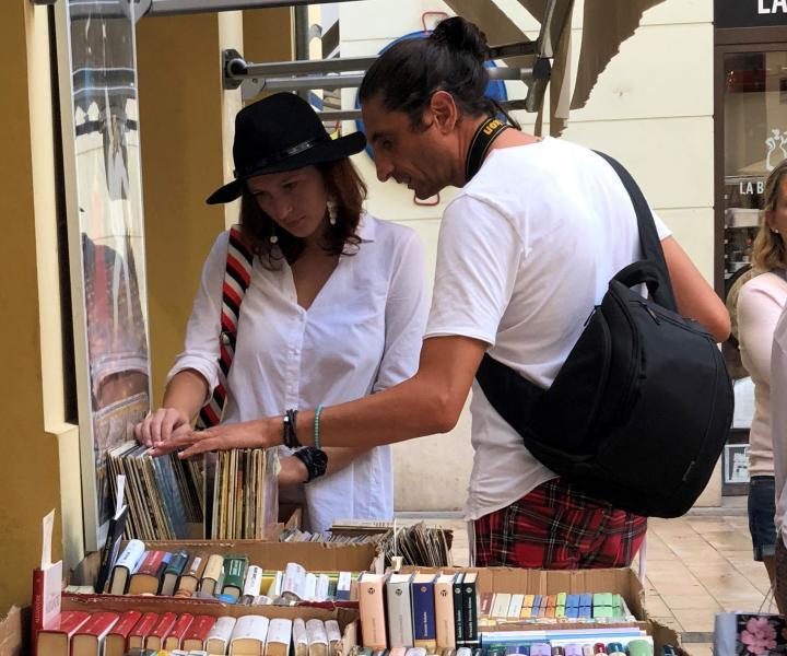 El Fabuloso Antique Market de València