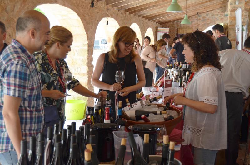 Muestra de Vinos singulares y de pueblo Jesus Pobre