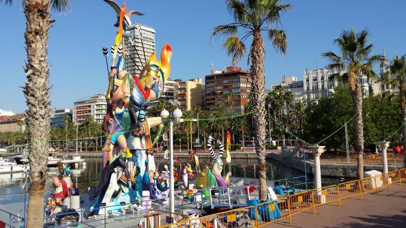 Hogueras de San Juan en Alicante